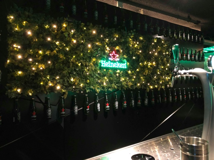 City guide visiter asmterdam en 3 jours Heineken bar electricmindweb